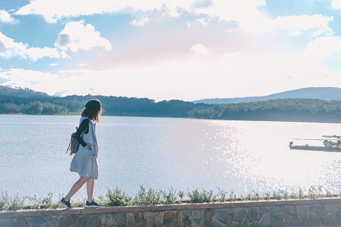 Discover the dreamy beauty of Nam Thien the first in Tuyen Lam lake