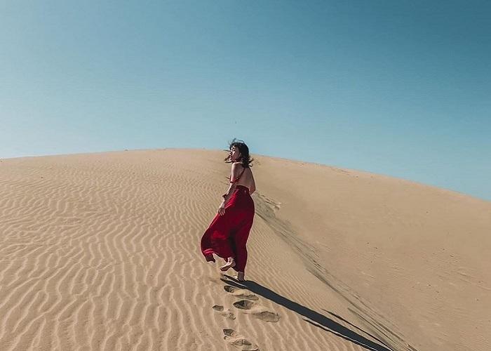 Đồi cát Nam Cương - điểm du lịch quyến rũ bậc nhất tại Ninh Thuận