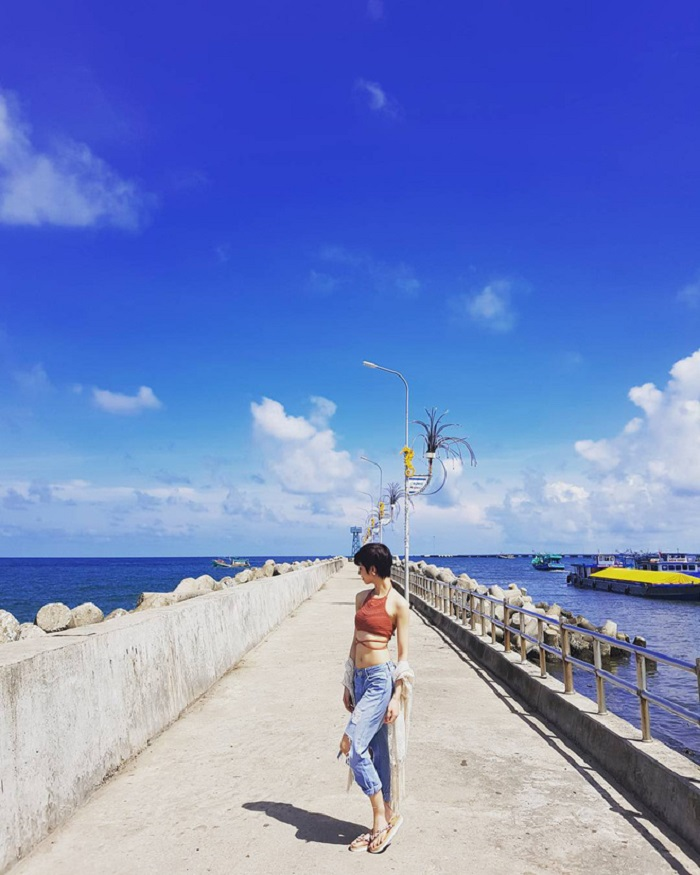 Summer beach travel experience