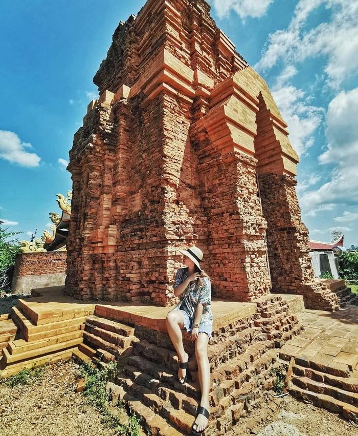 Khám phá vẻ đẹp huyền bí của tháp Chàm Poshanư Phan Thiết