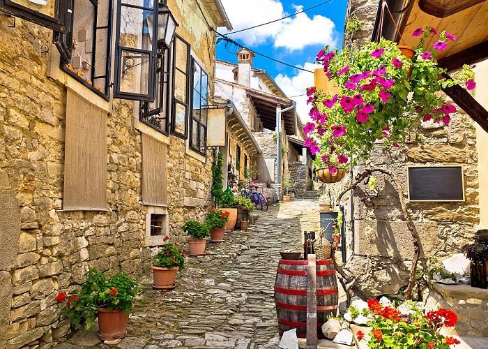 thị trấn nhỏ nhất hành tinh ở Croatia