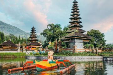 Đền Ulun Danu - điểm đến tâm linh tuyệt đẹp ở Bali Indonesia