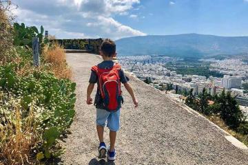 Chinh phục đồi Lycabettus và ngắm trọn Athens Hy Lạp