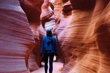 Tới thăm hẻm núi Antelope Canyon nổi tiếng ở Arizona nước Mỹ