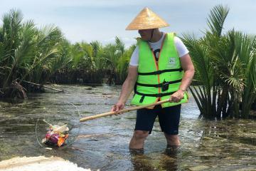 Tham gia ngay những tour nhặt rác ở Việt Nam vô cùng độc đáo