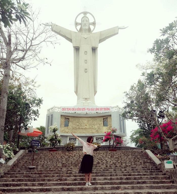 Đến Vũng Tàu ghé thăm tượng Chúa Kito dang tay