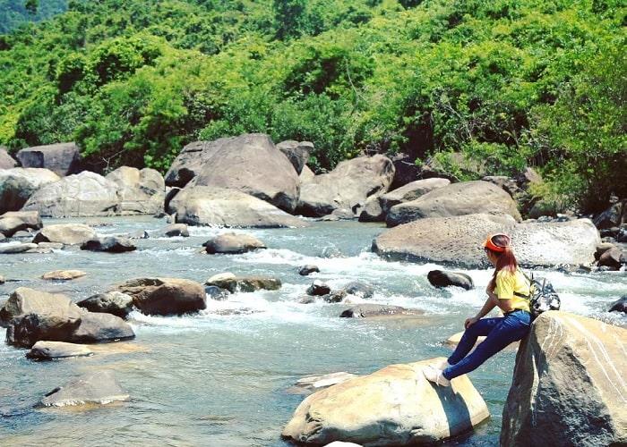 Tham quan thắng cảnh Vực Phun Phú Yên