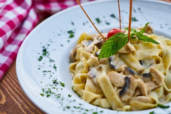 Thêm một loại mỳ Ý Pappardelle Món ăn nổi tiếng ở Ý