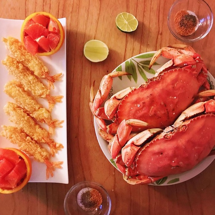 seafood - delicious food at Nam Cat Island