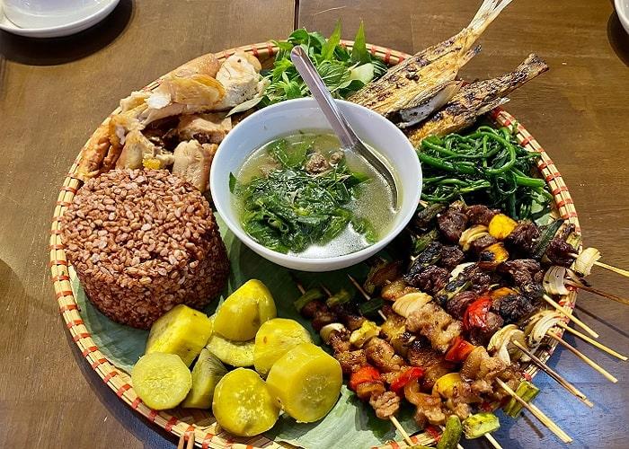 ăn uống - trải nghiệm đáng nhớ tại thành cổ Quảng Ngãi