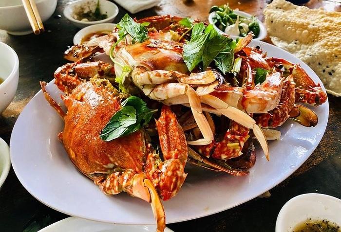 hải sản - món ăn ngon tại Vịnh Dung Quất