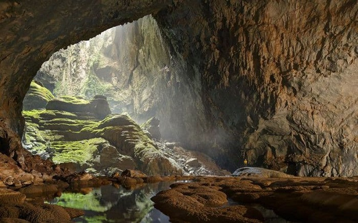 Na Luong cave is a tourist destination near En Ha Giang cave