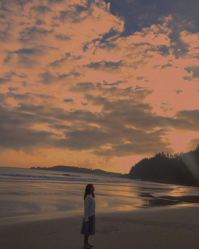 bình minh - khuang cảnh đẹp trên Biển Lệ Thủy