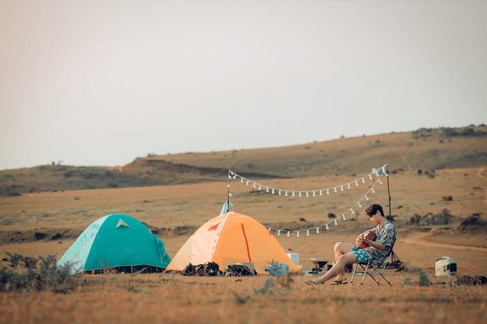 cắm trại - hoạt động hấp dẫn tại thảo nguyên Bùi Hui