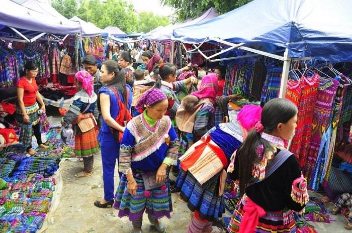 Ban Phiet Market - Fair market in Lao Cai
