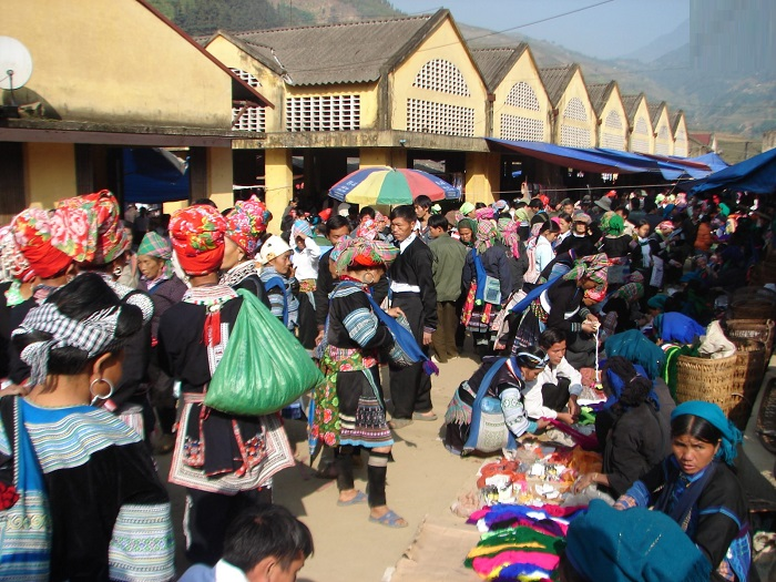 Muong Hum Market - Fair market in Lao Cai is famous