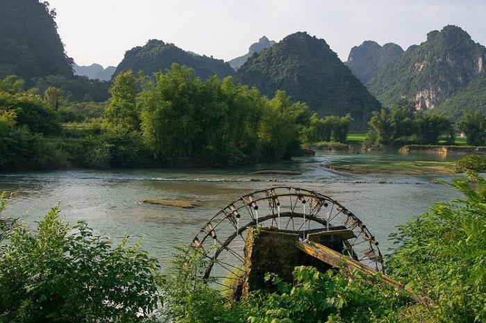 con quay nước - điểm thú vị trên sông Quây Sơn Cao Bằng