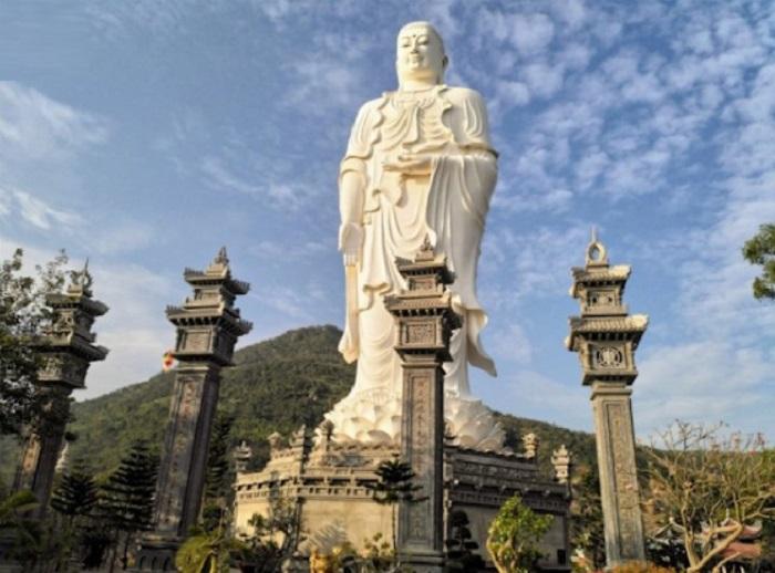 Chùa Lô Sơn - Địa điểm du lịch gần Cửa Lò được yêu thích nhất