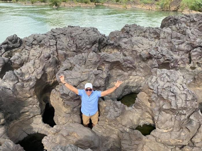 đá nhiều hình - điểm độc đáo của thác Trinh Nữ