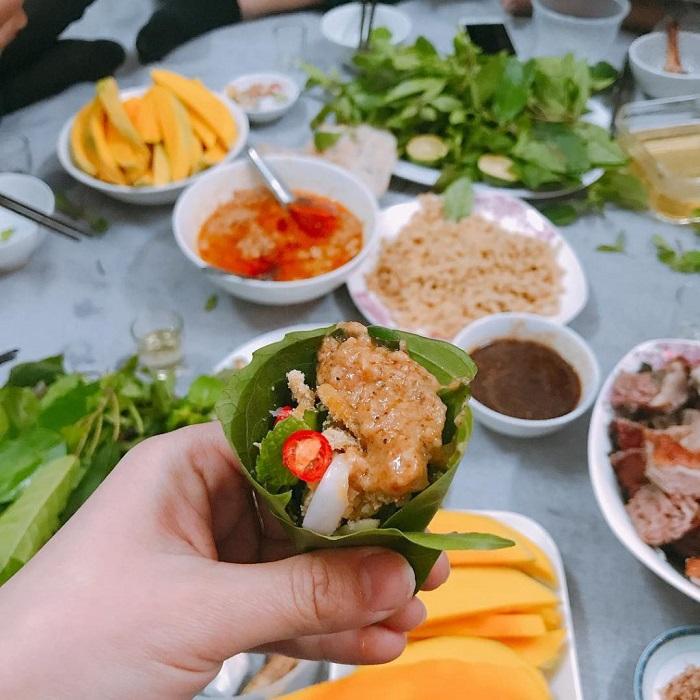Specialties fish salad in Ninh Binh