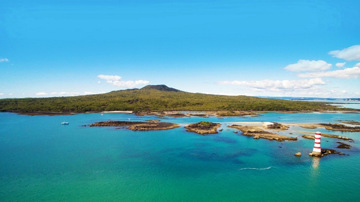 Vẻ đẹp của đảo Rangitoto nhìn từ xa