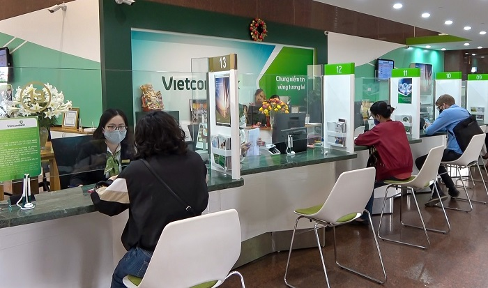 Address to exchange baht currency - change money at the bank