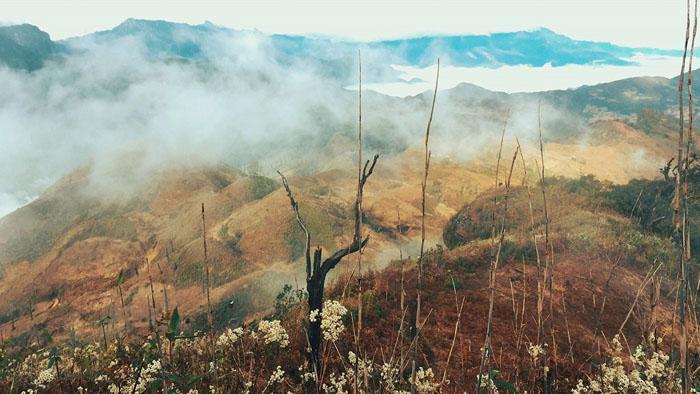 Bật mí kinh nghiệm leo Lảo Thẩn - Đoạn từ chân núi