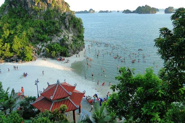 Cam Pha tourism - timing