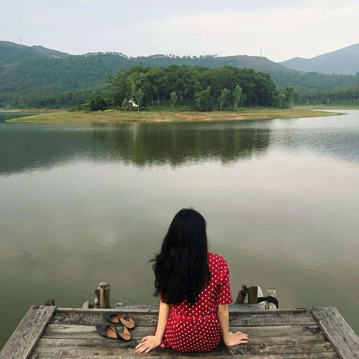 Các điểm du lịch nghỉ dưỡng miền Bắc dịp 30/4 - Hồ Đồng Mô