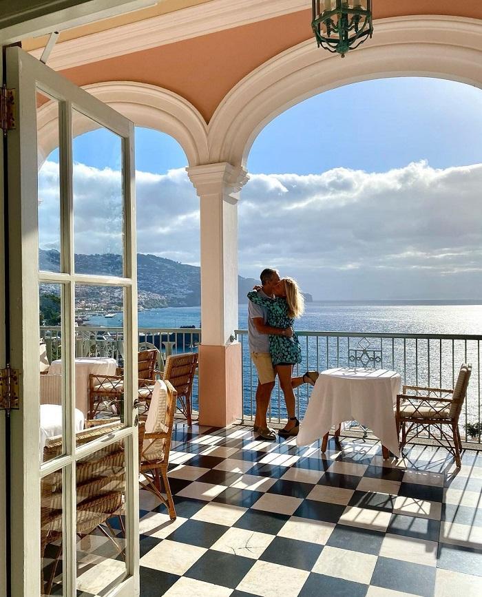 Nhà hàng có tầm nhìn ra Đại Tây Dương tuyệt đẹp - Top những khách sạn trên vách đá