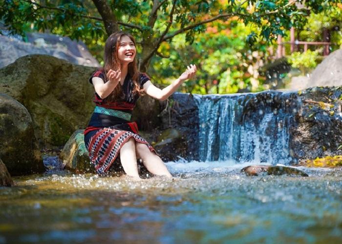 'Thủ sẵn' kinh nghiệm khám phá khu du lịch sinh thái Suối Hoa Đà Nẵng từ A - Z