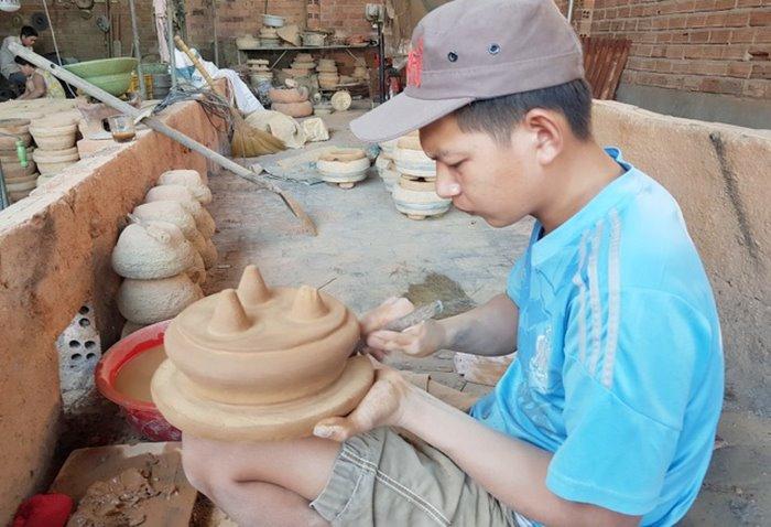Dien Khanh bronze casting village age