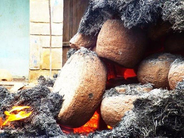 the fire in Dien Khanh bronze casting village