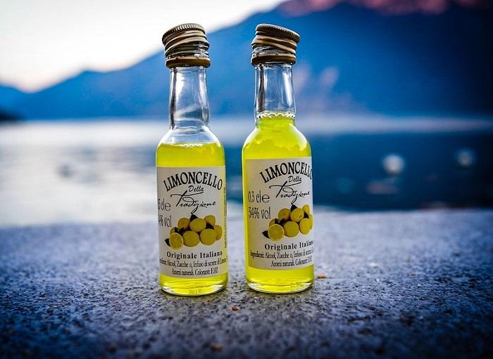 Rượu chanh Limoncello - Món ăn nổi tiếng ở Ý
