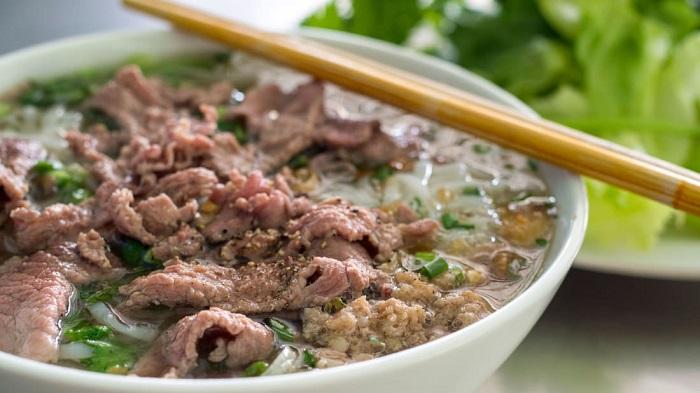 Phở bò Việt Nam - Món ăn có nước súp ngon nhất thế giới