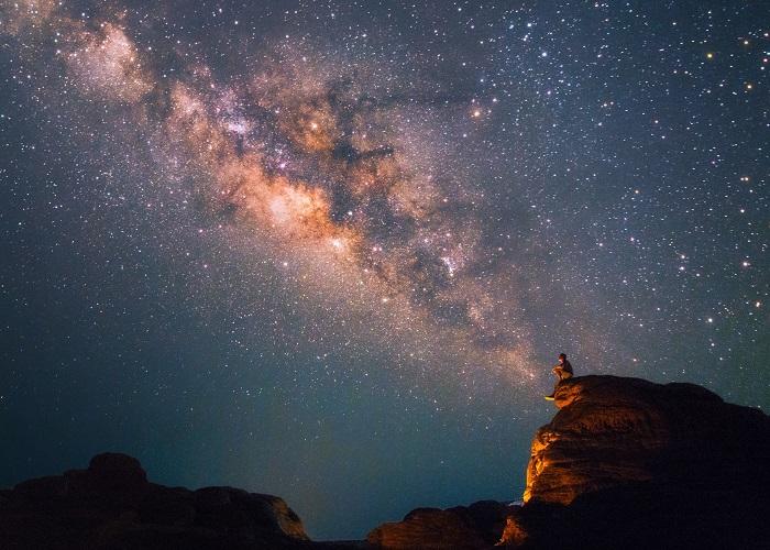 Ngắm nhìn những ngôi sao lấp lánh tại nơi có bầu trời đêm tối nhất nước Anh
