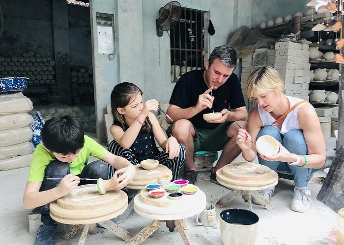 Ngày giỗ tổ Hùng Vương nên đi đâu quanh Hà Nội? Làng gốm Bát Tràng - Địa điểm đi chơi ngày giỗ tổ Hùng Vương