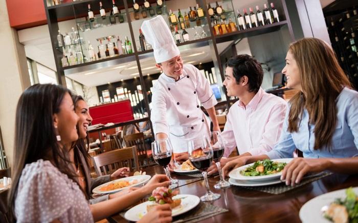 nhà hàng đạt sao Michelin ở Việt Nam - phục vụ chuyên nghiệp