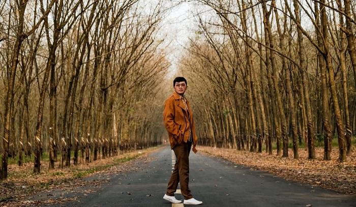 mùa rụng lá - mùa cuốn hút của rừng cao su ở Tây Ninh