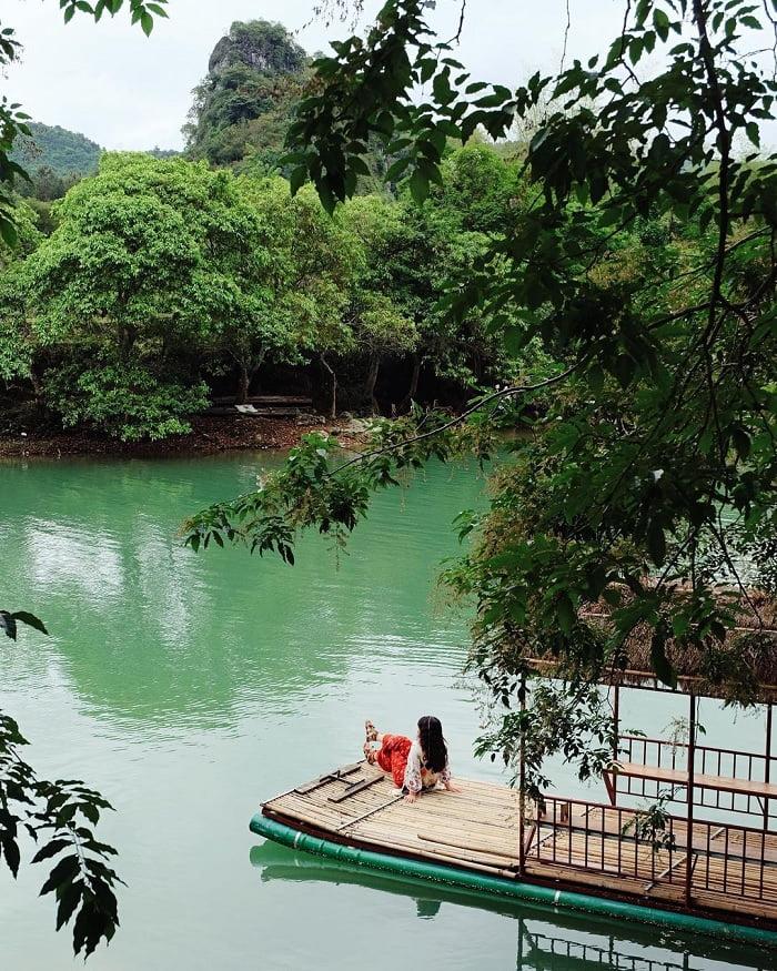 nước lặng - nét thú vị của dòng sông Quây Sơn