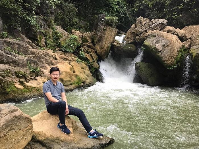 thác nậm trá - điểm du lịch Trà Lĩnh