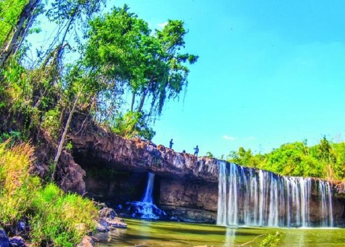 Thác Voi Bù Đăng là một trong những địa điểm du lịch được rất nhiều người ghé thăm khi tới Bình Phước du lịch