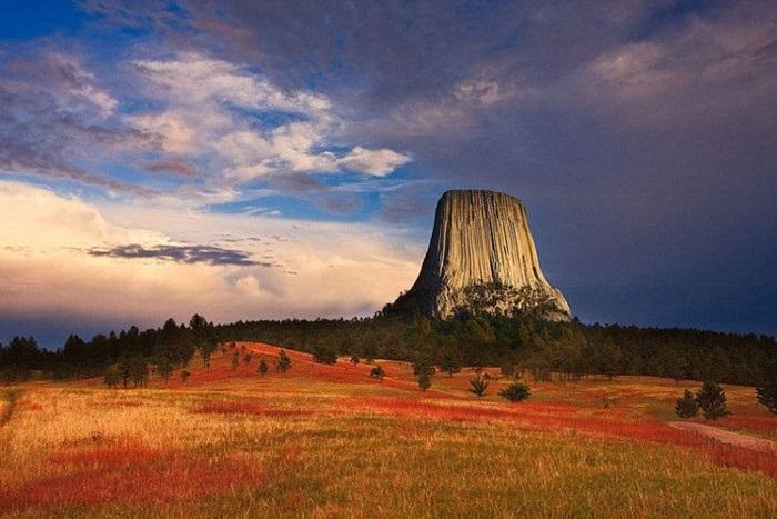 Du lịch tháp Quỷ với những trải nghiệm tuyệt vời
