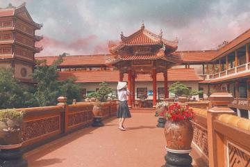 'Lịm tim' trước vẻ đẹp thần tiên ở chùa Nam Sơn Đà Nẵng