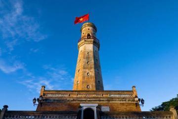 Cột cờ Nam Định - chứng nhân lịch sử quan trọng của người Thành Nam