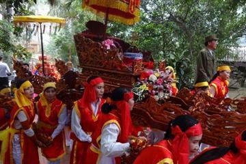 Đặc sắc lễ hội đền Du Yến tại Phú Thọ