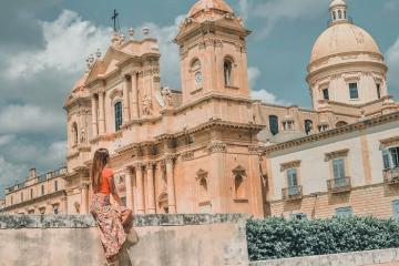 Vẻ đẹp vượt thời gian tại những ngôi làng ít người biết ở Ý
