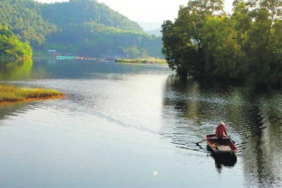 Hồ Ghềnh Chè - khu sinh thái đẹp như tranh vẽ ở Thái Nguyên