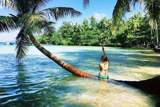 Du lịch Hòn Ngang Nam Du đắm chìm trong vẻ đẹp hoang sơ và huyền ảo