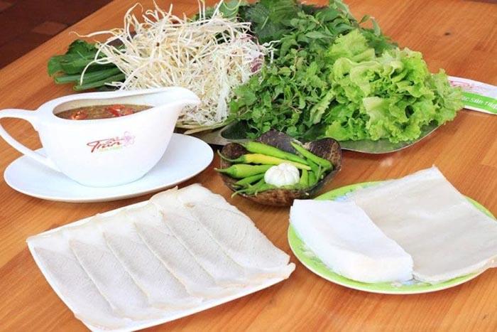 Top địa chỉ ăn bánh tráng cuốn thịt heo ở Đà Nẵng - đặc sản Đà Thành